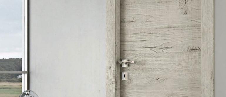 Porte Togla en bois